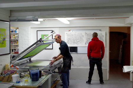 Click the image for a view of: Jonathan printing with artist - HGPrintmakers Brixton 2015 - 2016