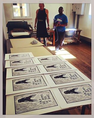 Click the image for a view of: Jonathan editioning - H G Printmakers 2016 CapeTown - HGP Pop up studio @ D6 Home Coming Centre